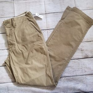 OLD NAVY lived-in straight leg khaki pants 30x34